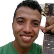 Fabricio Oliveira 800x800 foto 1